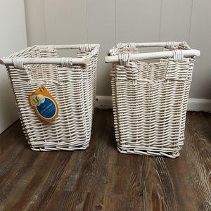 Y2K 2 tall wicker baskets